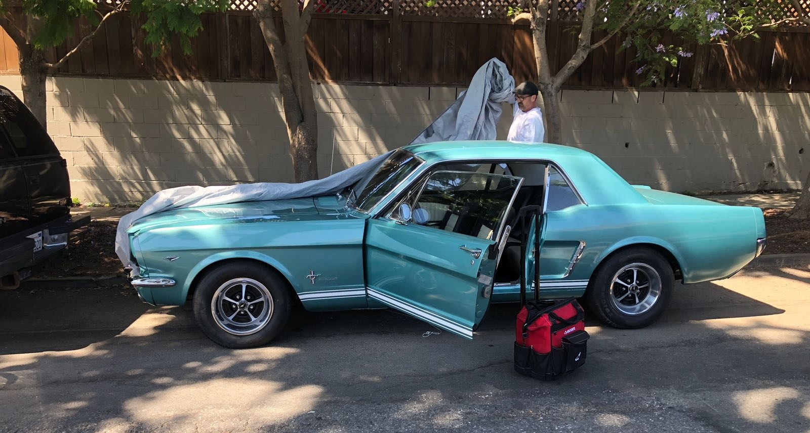 ford mustang car lockout and Ignition Replacement